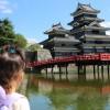 次女と松本城