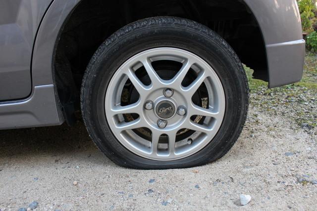 タイヤパンク